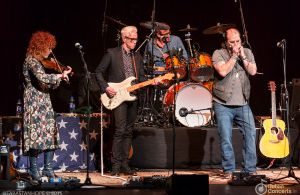 Steve Earle & The Dukes At The Olympia Theatre – Photos