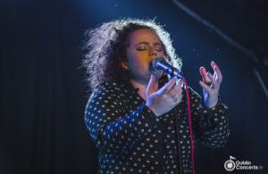 Áine Cahill At The Grand Social – Photos & Review