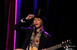 Suzanne Vega at The Olympia Theatre – Photos