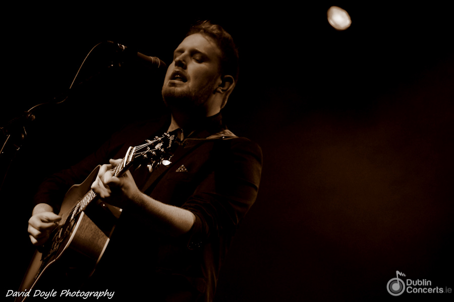 Gavin James Whelans Review